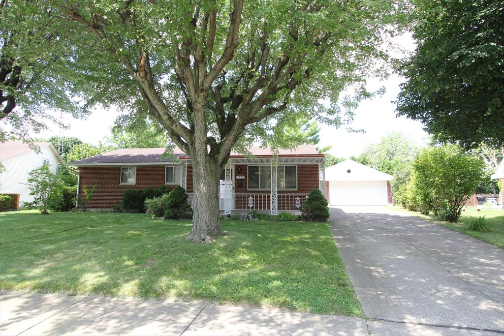 1873 Bordeaux Dr Fairborn, OH