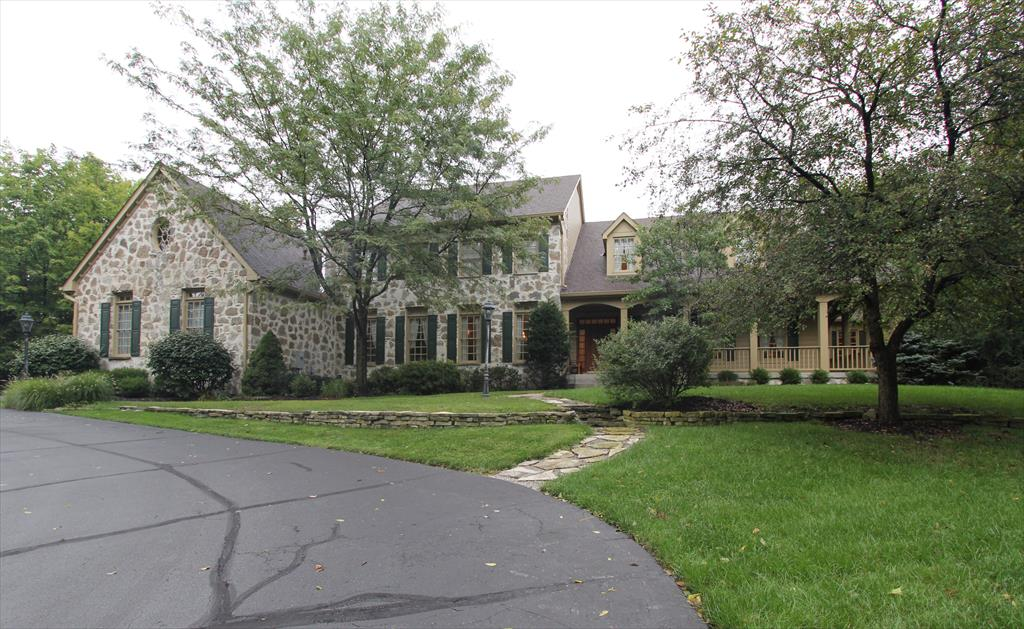6028 Squirrelwood Ct White Oak, OH