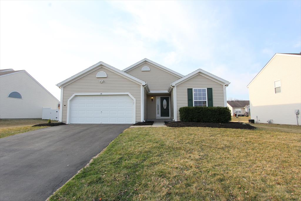 191 Lakeview Dr Franklin, OH