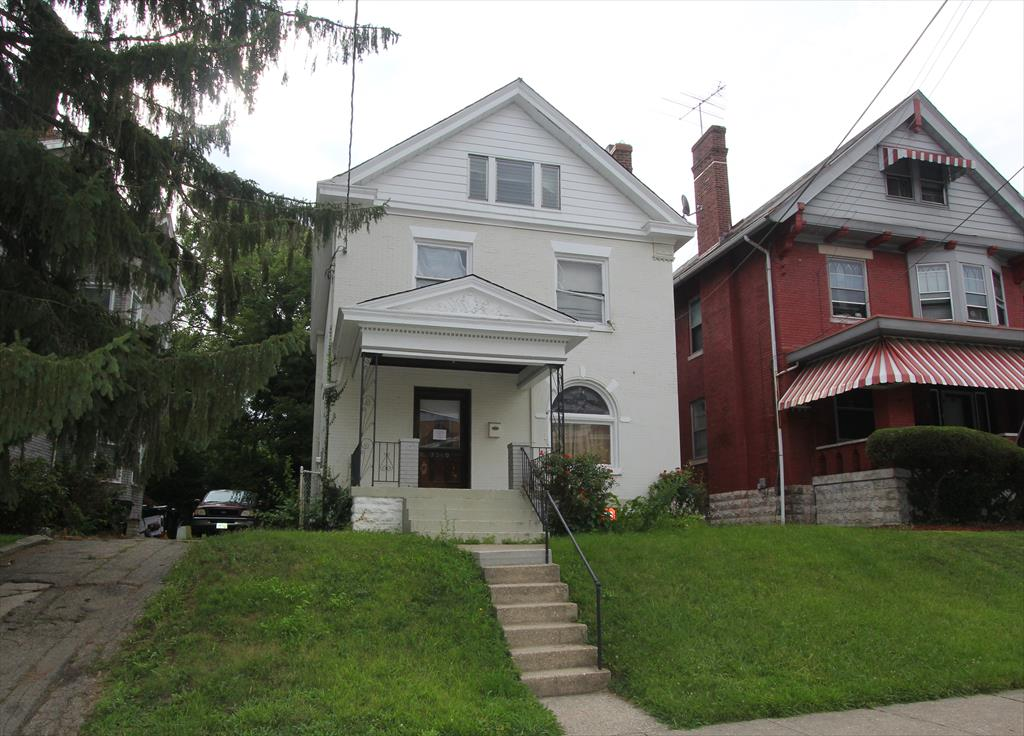 3340 Woodburn Ave Evanston, OH