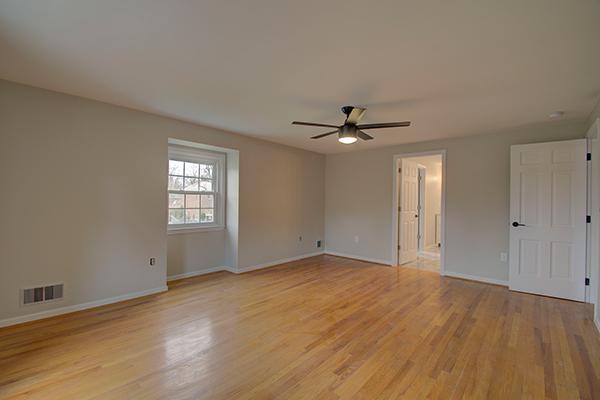Interior0122