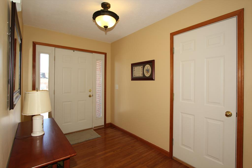 Foyer image 2 for 10748 Station Ln Union, KY 41091