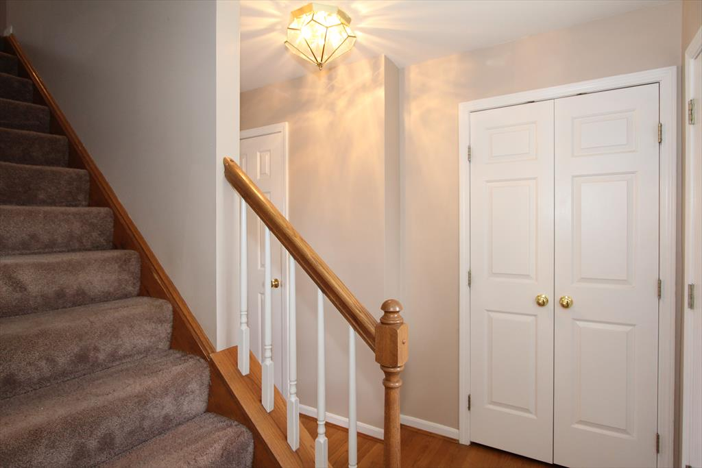 Foyer for 10774 Autumnridge Dr Independence, KY 41051