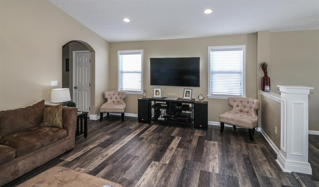 Living Room for 2106 Algiers St Union, KY 41091