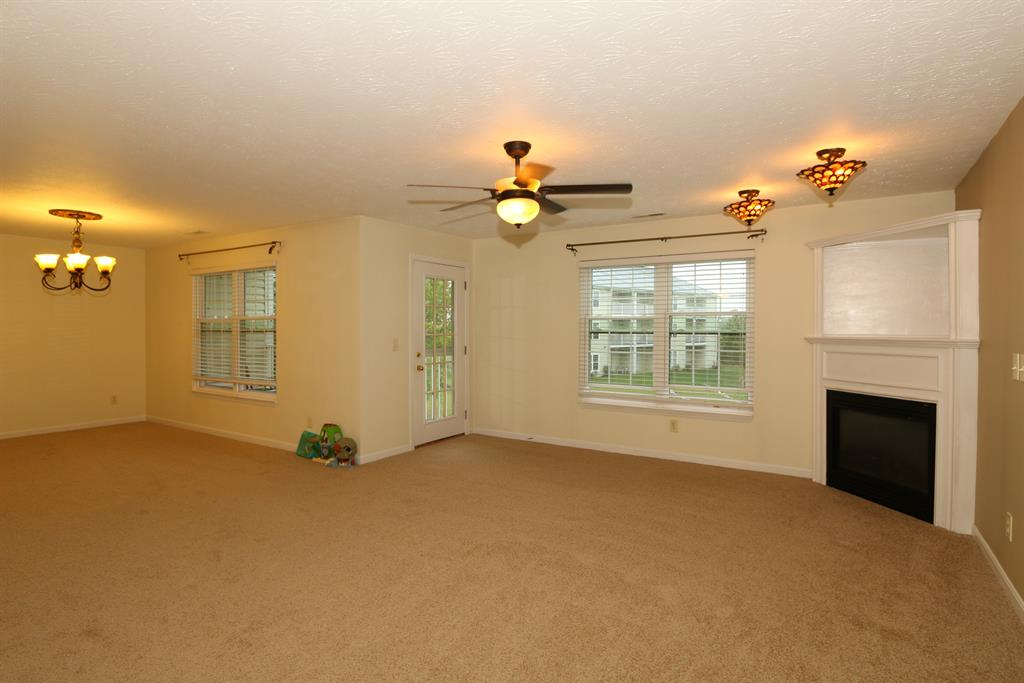 Living Room for 315 Maiden Ct, 3 Walton, KY 41094