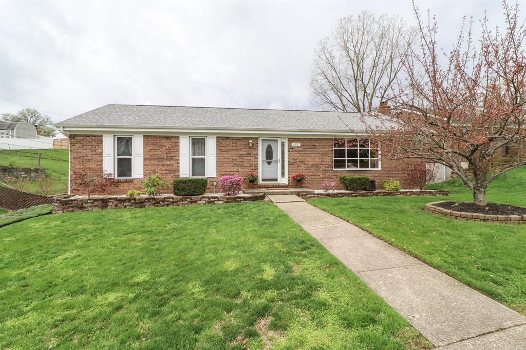 Exterior (Main) for 8557 Winthrop Cir Florence, KY 41042