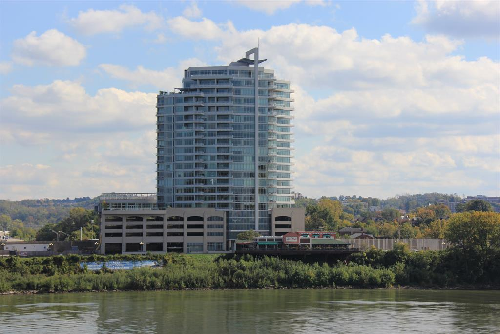400 Riverboat Row, 1102