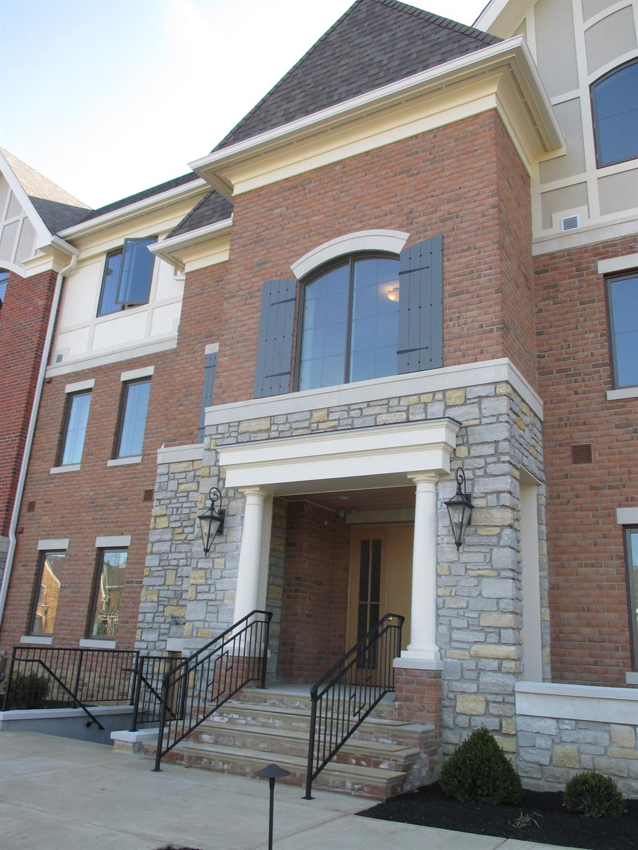 Exterior (Main) 2 for 9506 Park Manor Blvd, 203 Blue Ash, OH 45242
