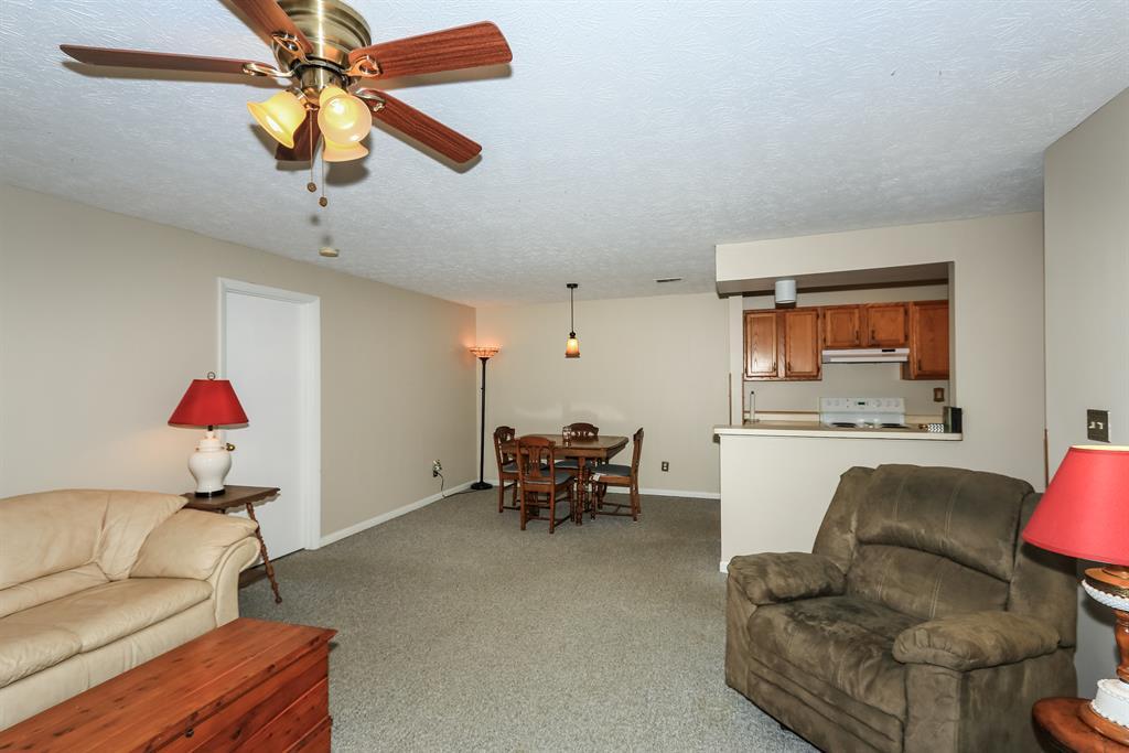 Living Room image 2 for 20 Creekwood Dr, 5 Wilder, KY 41076