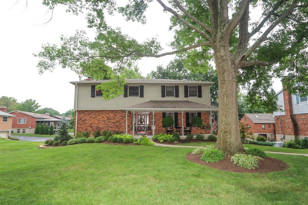 6990 Greenfield Dr Finneytown, OH