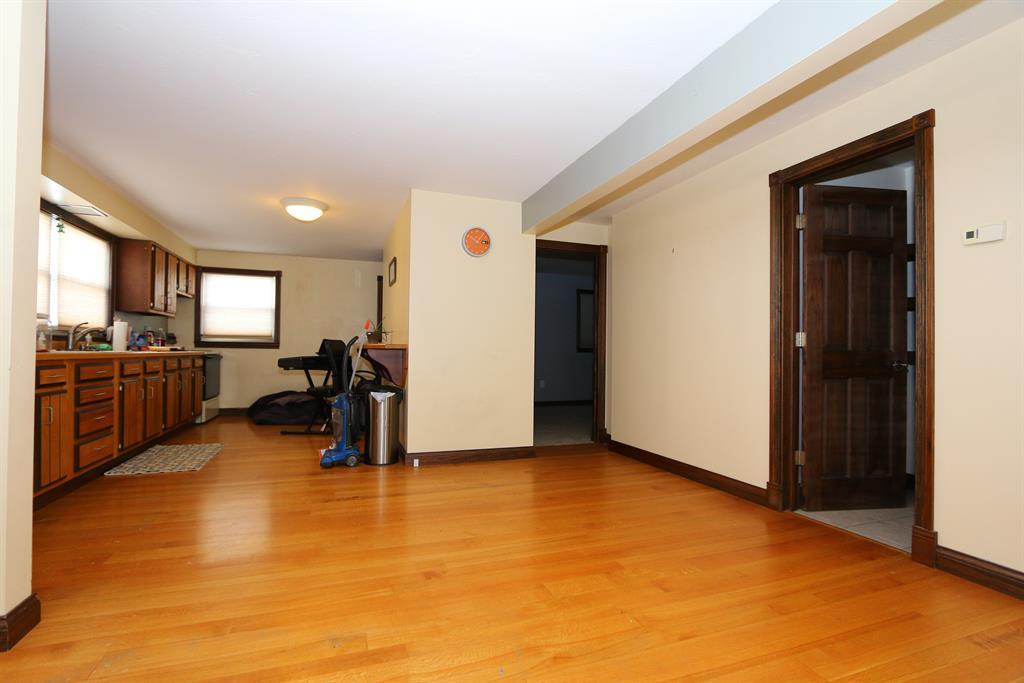 Foyer for 1063 Highland Center Rd Brookville, IN 47012