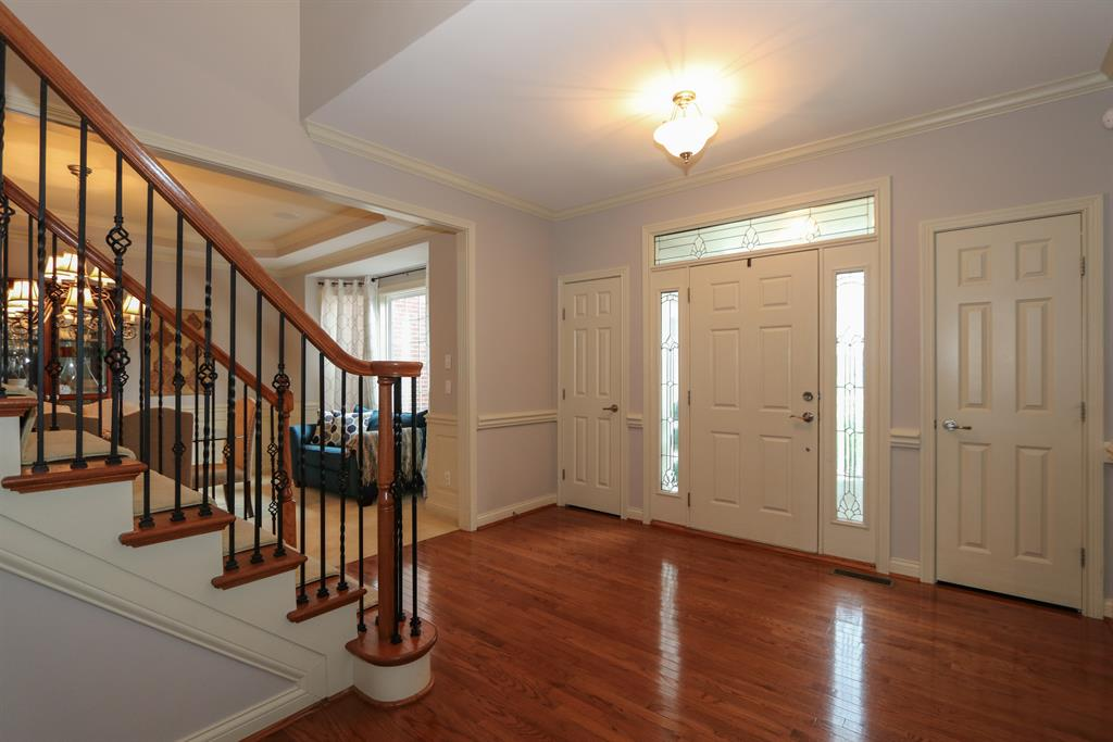 Foyer for 1436 Meadowlake Way Union, KY 41091