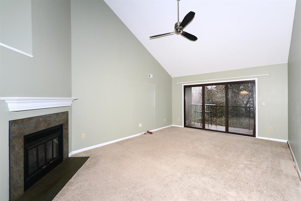 Living Room for 84 Eagle View Ln Fort Thomas, KY 41075