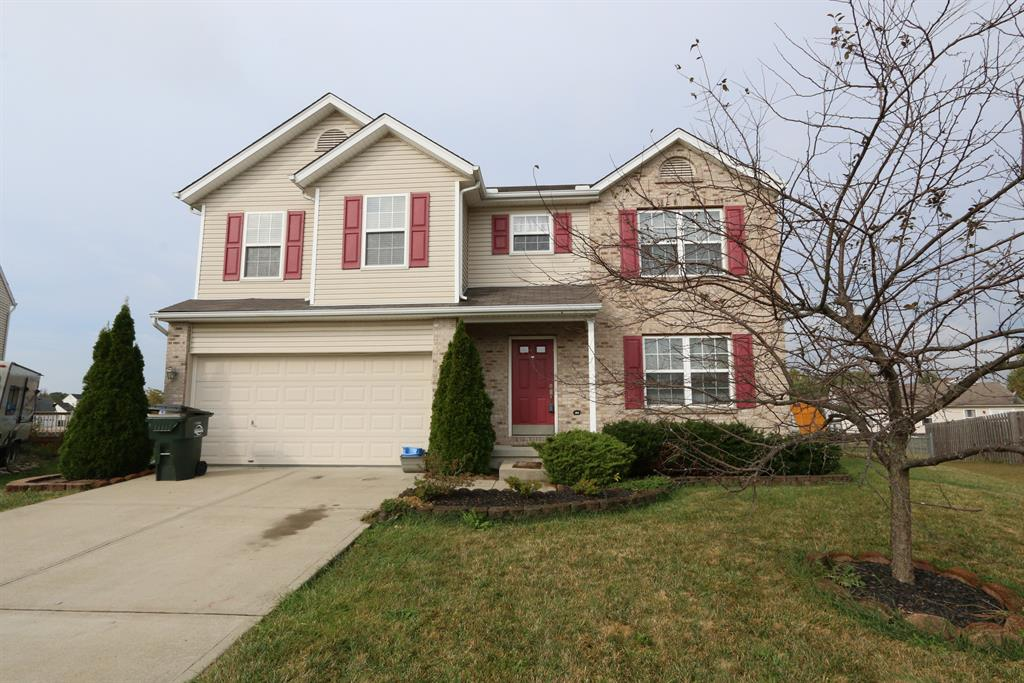 12 Finch Ct Amelia, OH
