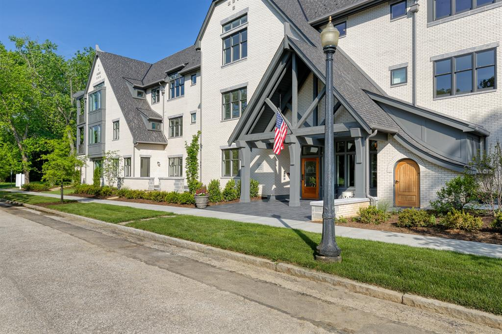 Exterior (Main) for 3818 Miami Rd #202 Mariemont, OH 45227