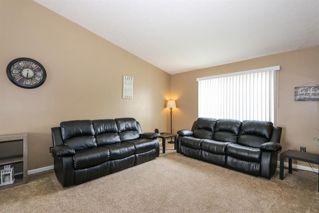 Living Room image 2 for 700 Brookwood Dr Alexandria, KY 41001