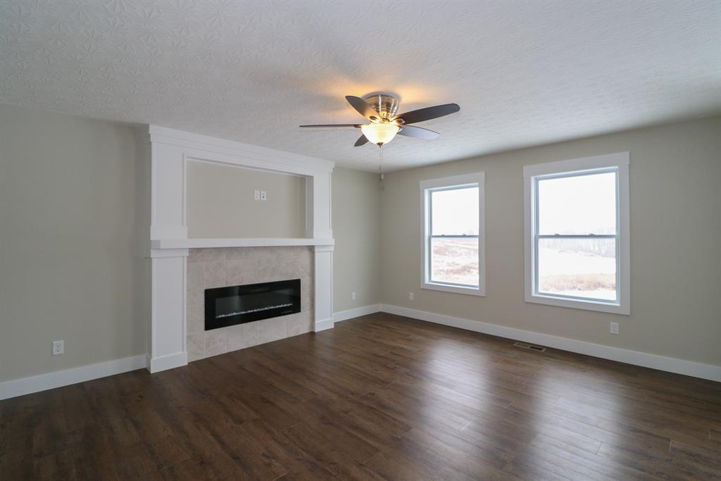 Living Room for 605 Malbec Ln Walton, KY 41094