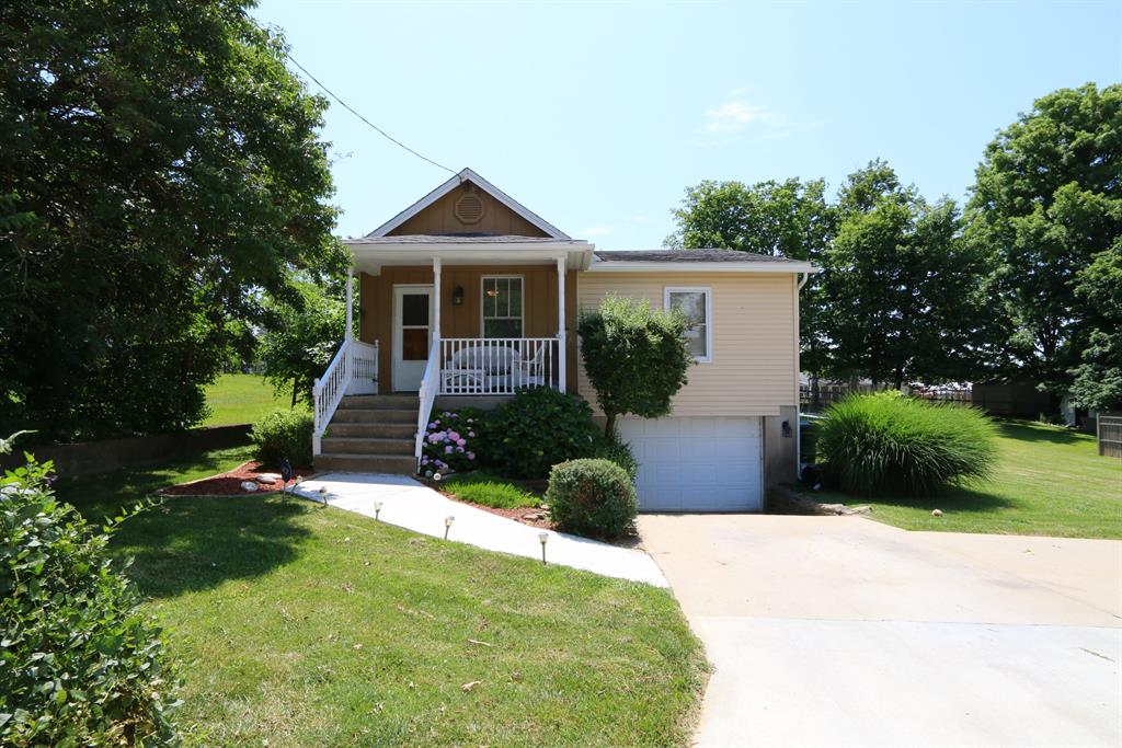real estate photo 1 for 3419 Liberty St Erlanger, KY 41018