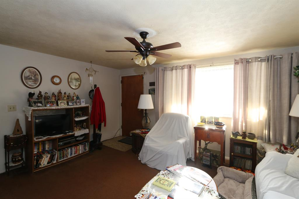 Living Room image 2 for 5091 Tilbury Rd Dayton, OH 45424