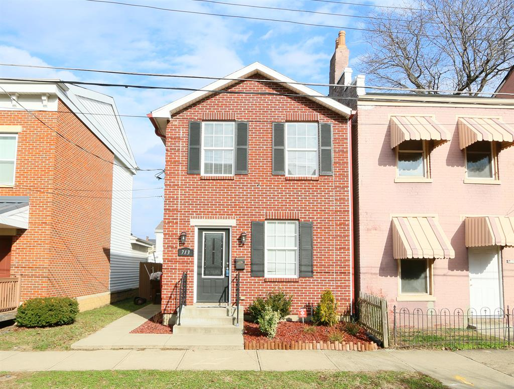 Exterior (Main) for 713 Saratoga St Newport, KY 41071