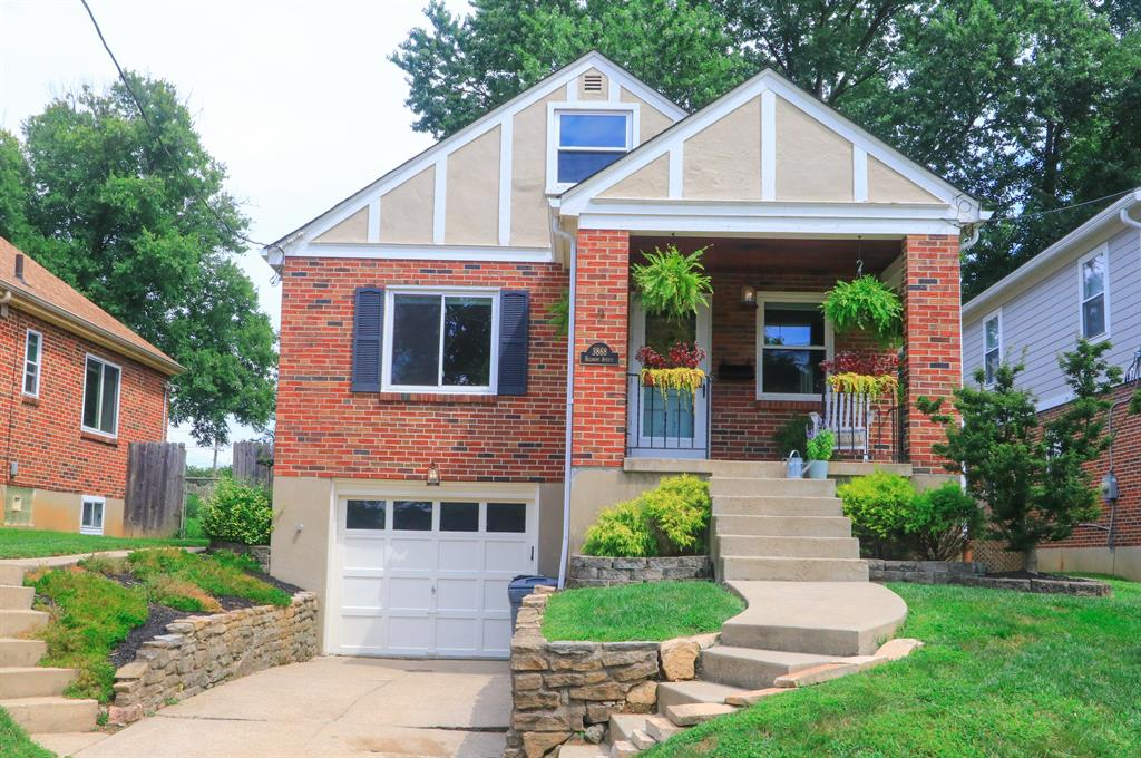 3868 Belmont Ave Mariemont, OH