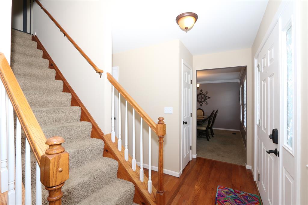 Foyer for 6424 Lantern Way Burlington, KY 41005