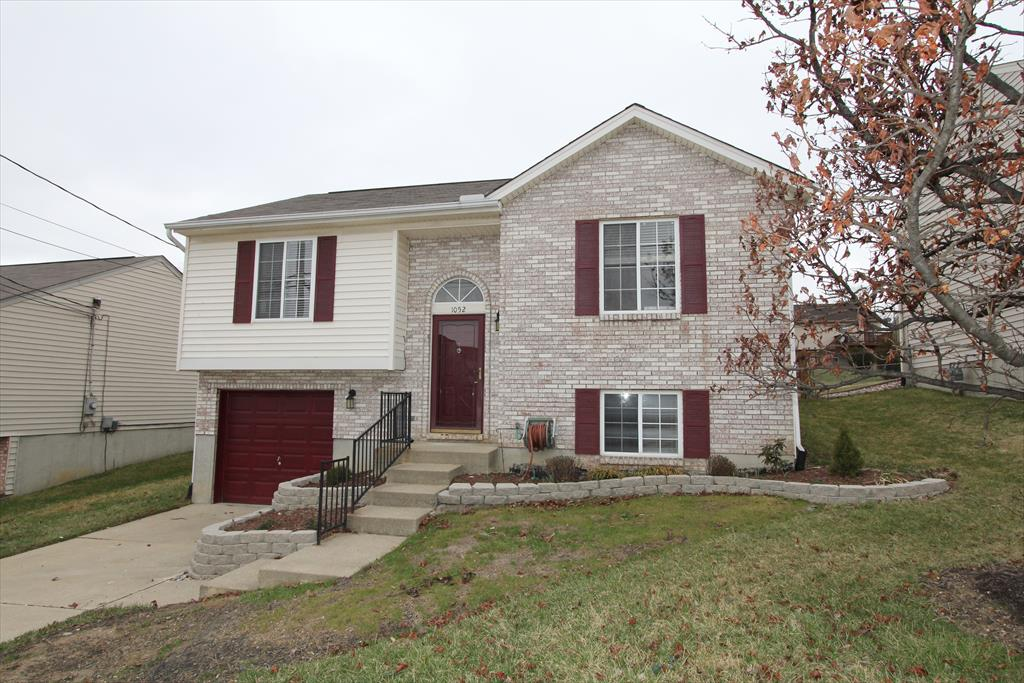 Exterior (Main) for 1052 Pebble Creek Dr Elsmere, KY 41018