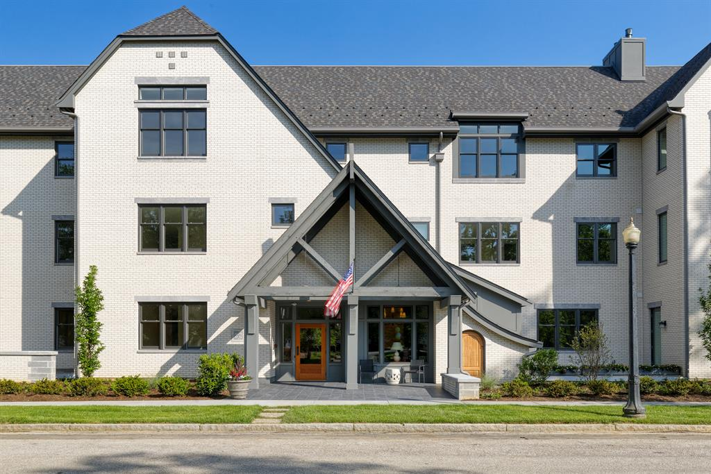 Exterior (Main) for 3818 Miami Rd #103 Mariemont, OH 45227