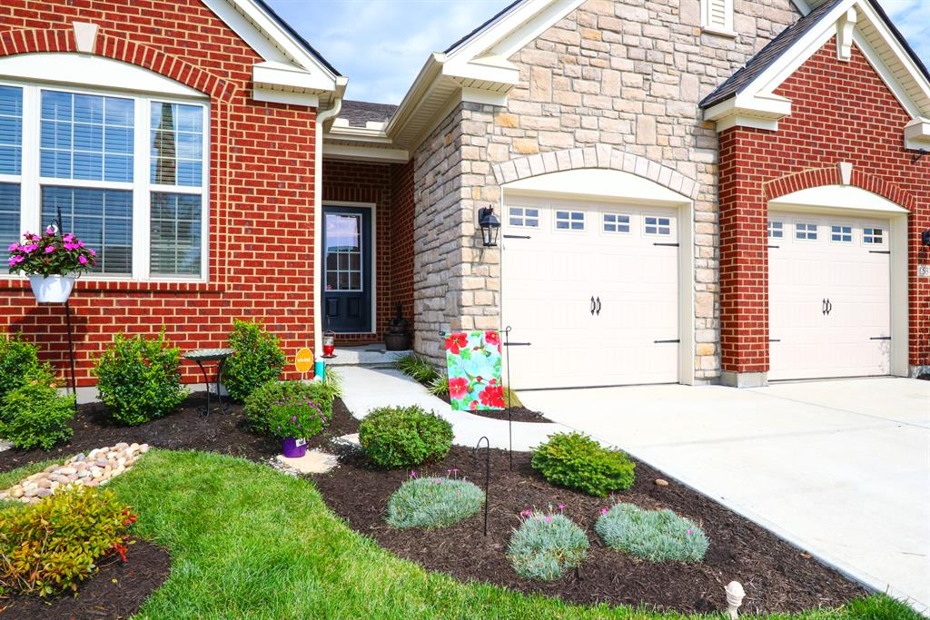 Entrance for 1537 Sweetsong Dr Union, KY 41091