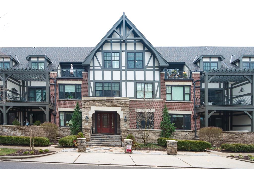 Exterior (Main) for 3942 Miami Rd #205 Mariemont, OH 45227