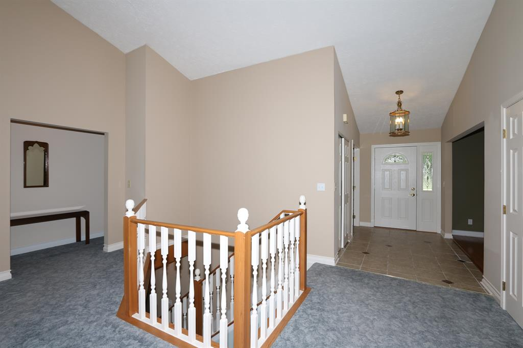 Foyer for 11035 Stirrup Ln Walton, KY 41094