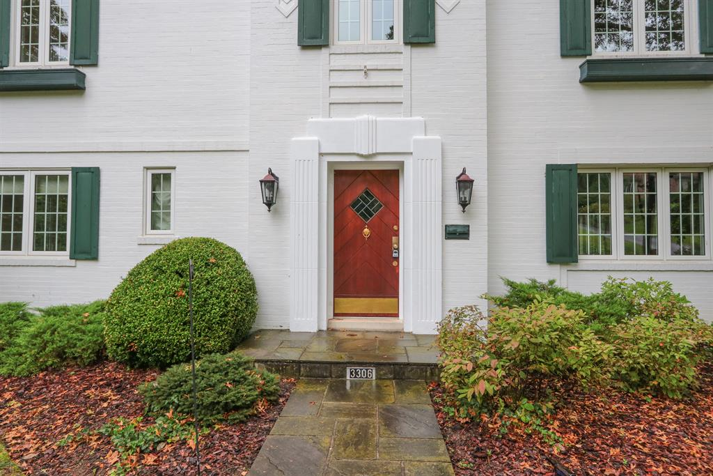 Entrance for 3306 Mannington Ave Mt. Lookout, OH 45226