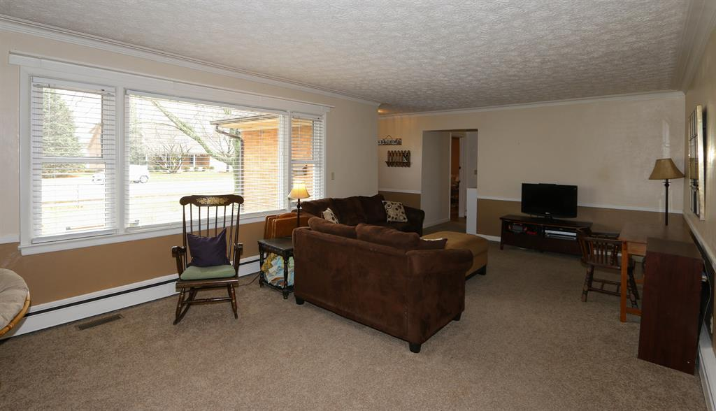 Living Room for 680 N Monroe Dr Xenia, OH 45385