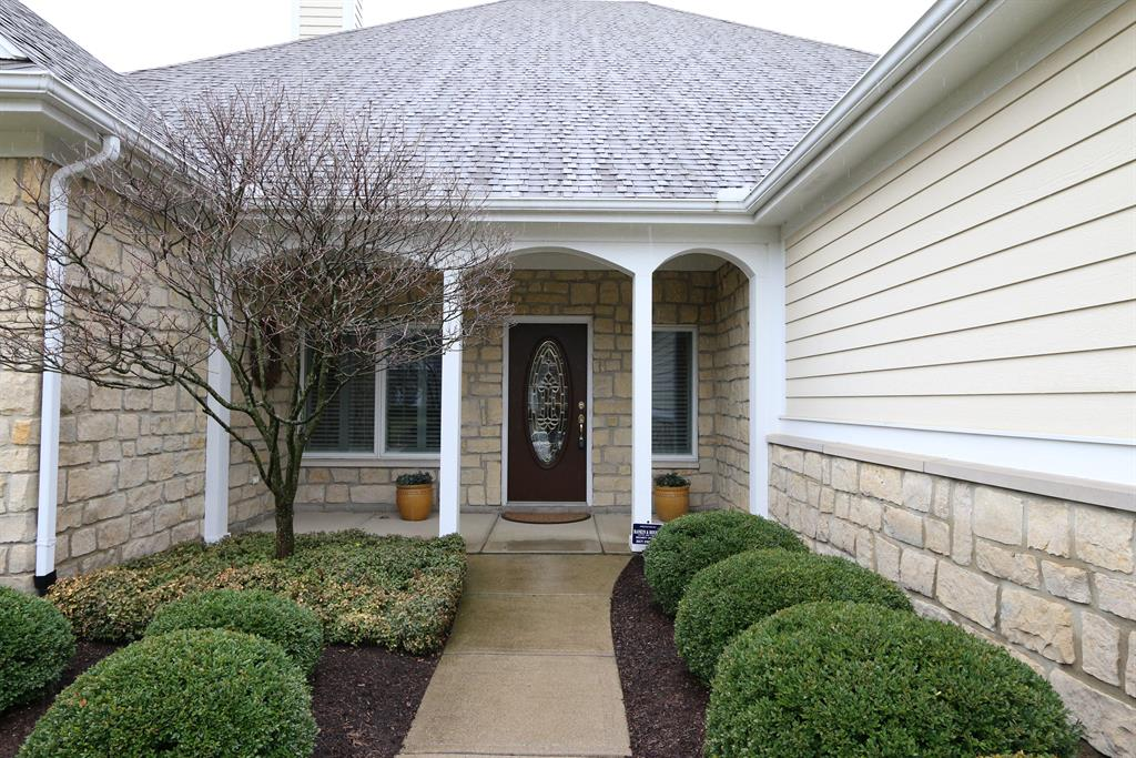 Entrance for 550 Yankee Trace Dr Dayton, OH 45458