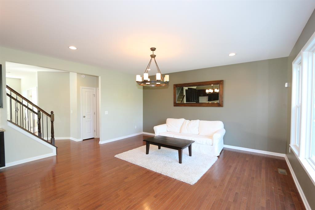Family Room for 717 Sandstone Rdg Cold Spring, KY 41076