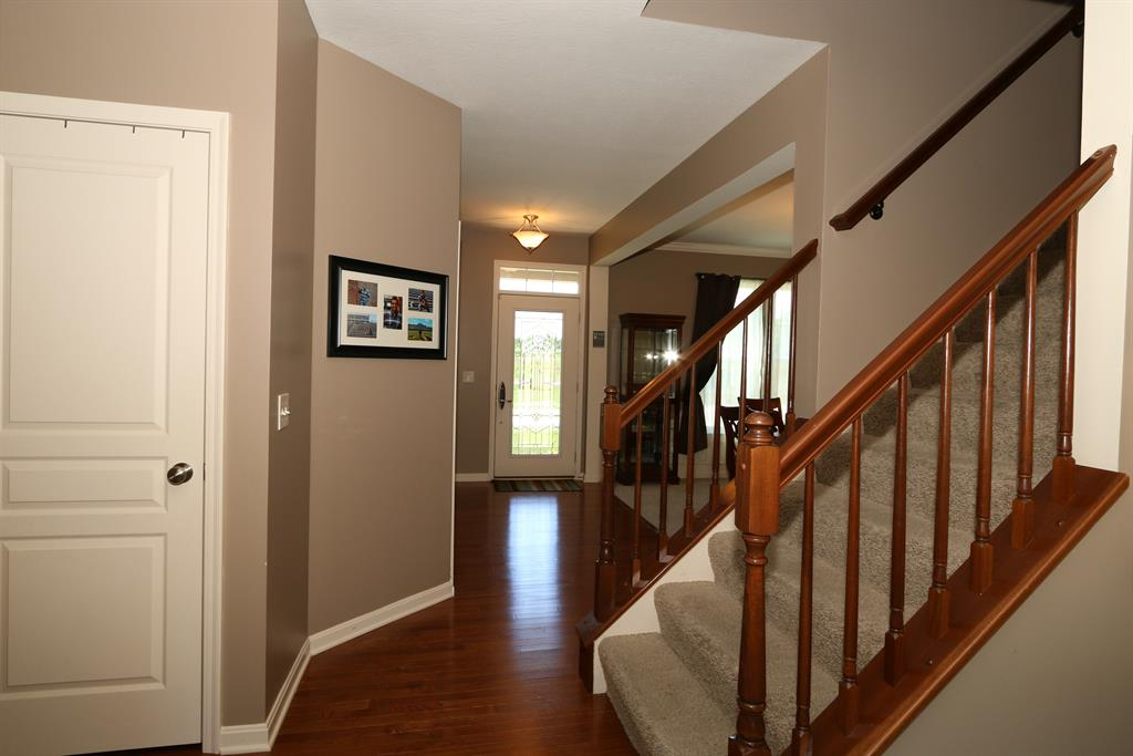 Foyer for 732 Wigeon Dr Alexandria, KY 41001