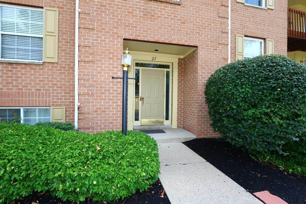 Entrance for 27 Highland Meadows Cir, 5 Highland Heights, KY 41076
