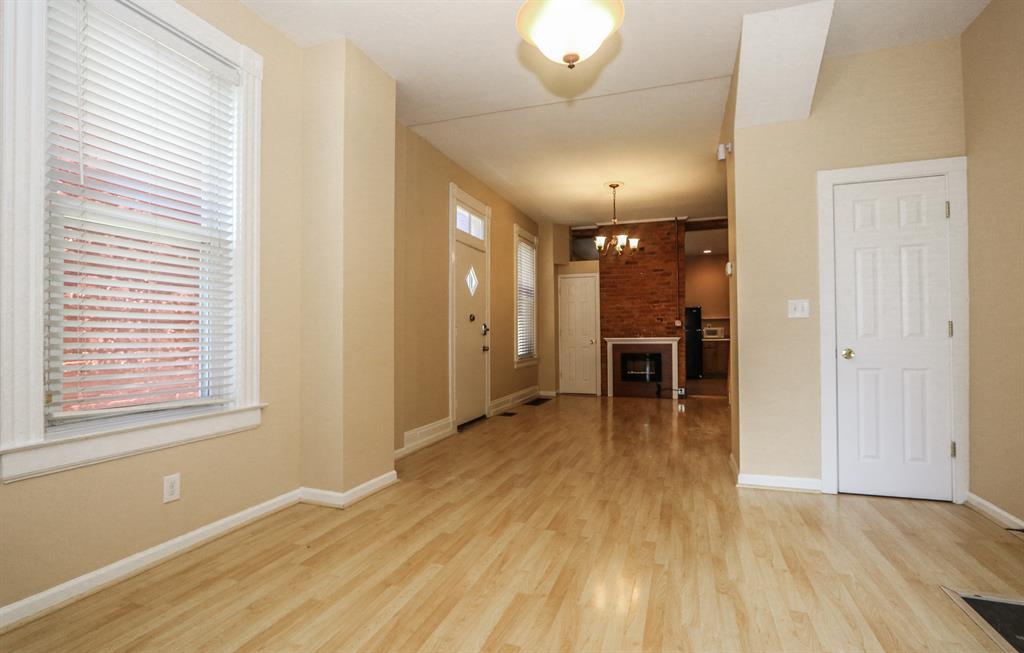 Living Room for 4159 Apple St Northside, OH 45223