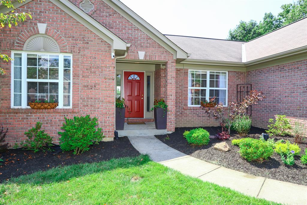 Entrance for 6361 Hawks Nest Ct Burlington, KY 41005
