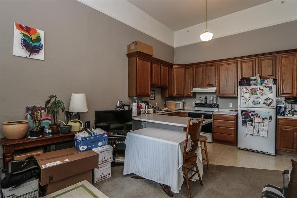 Living Room image 2 for 226 McDaniel St, 180 Dayton, OH 45405