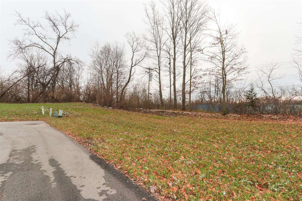 View for 3990 3995 Mt Moriah Dr Union Twp. (Clermont), OH 45245