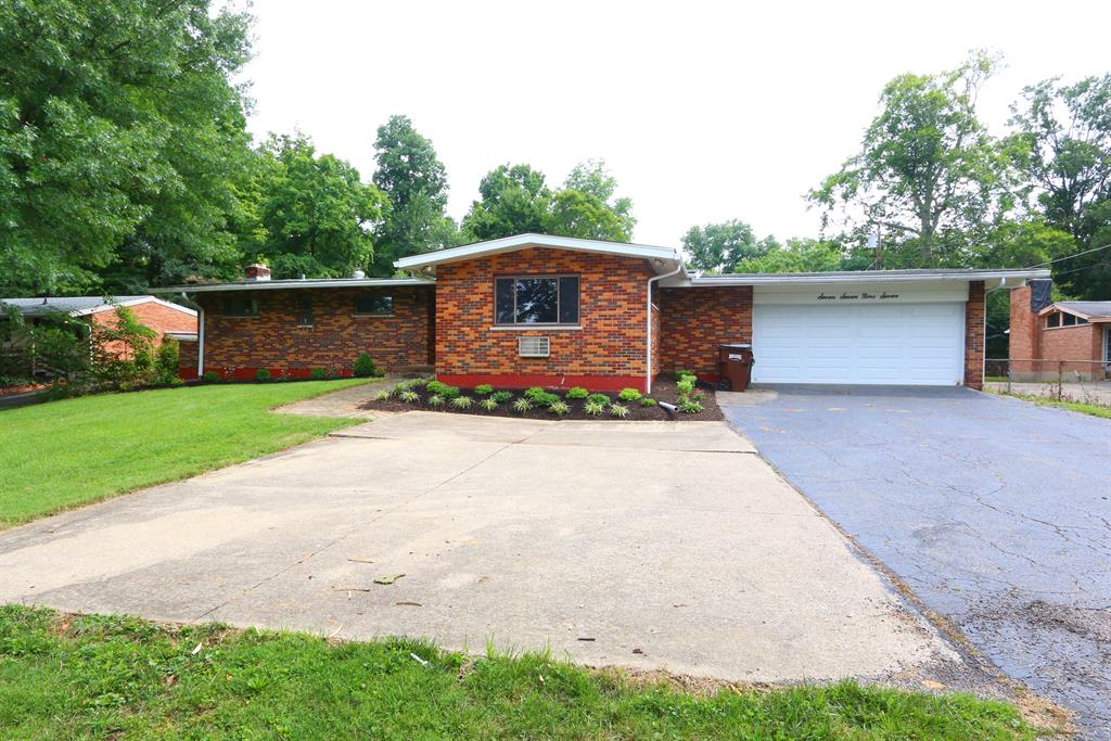 7797 View Place Dr Finneytown, OH