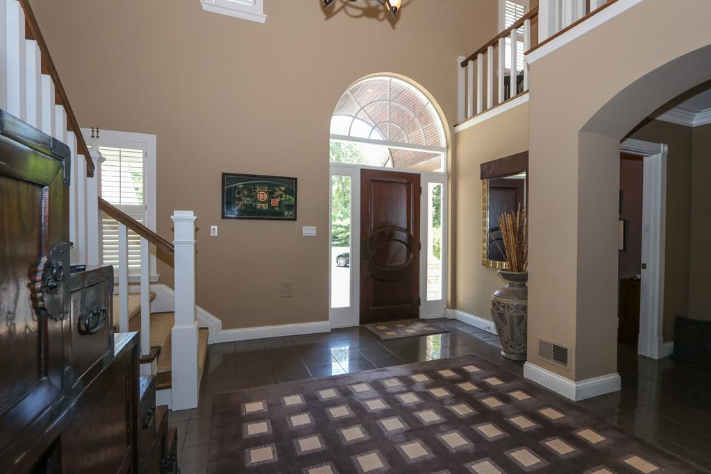 Foyer for 5445 Miami Rd Indian Hill, OH 45243