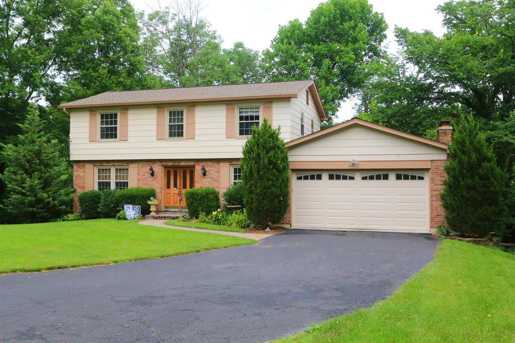 Exterior (Main) for 1326 Stonemill Ct Wyoming, OH 45215