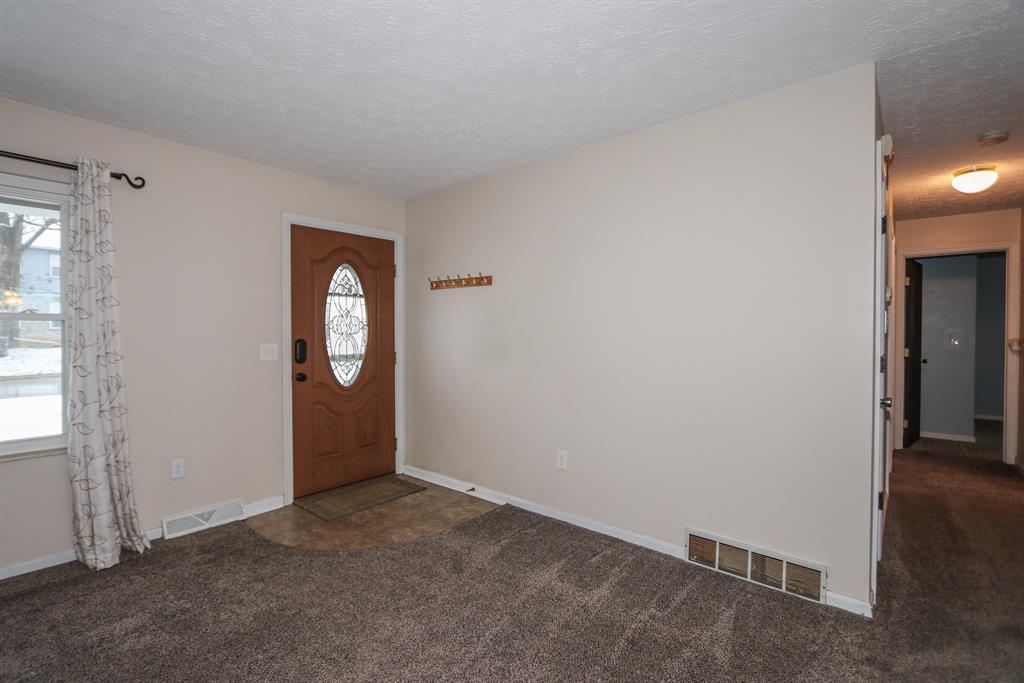 Entrance for 103 Friar Tuck Dr Independence, KY 41051