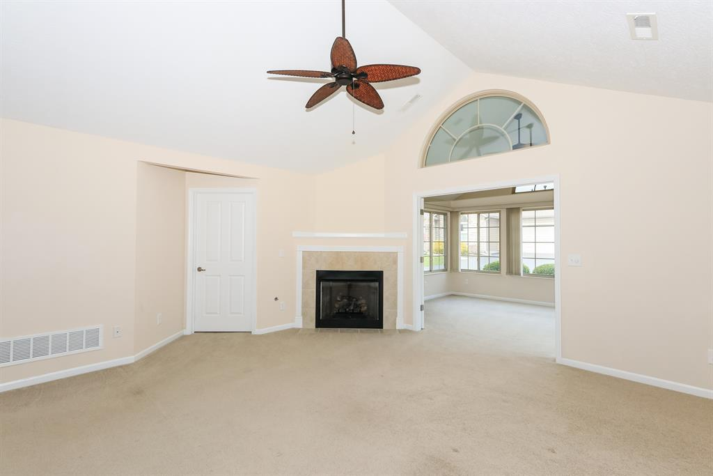 Living Room for 9120 Royal Oak Ln Union, KY 41091