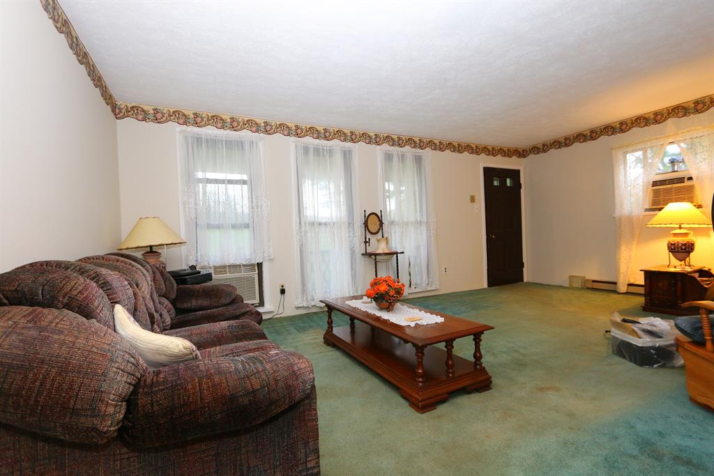 Living Room for 2053 Jeans Rd West Harrison  , IN 47060