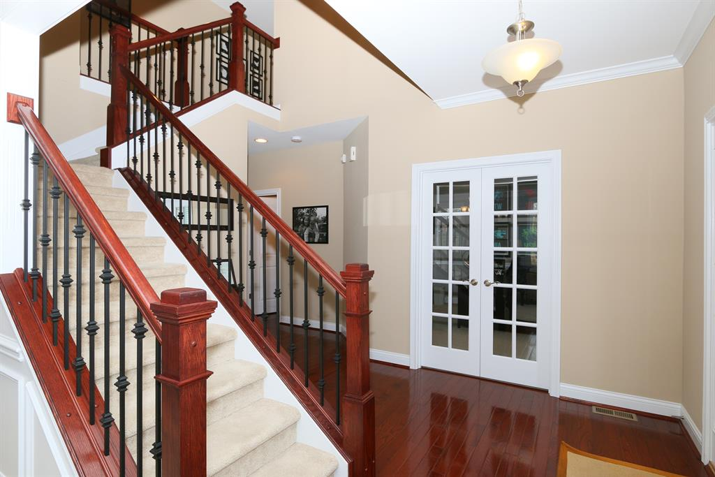Foyer image 2 for 1466 Meadowlake Way Union, KY 41091