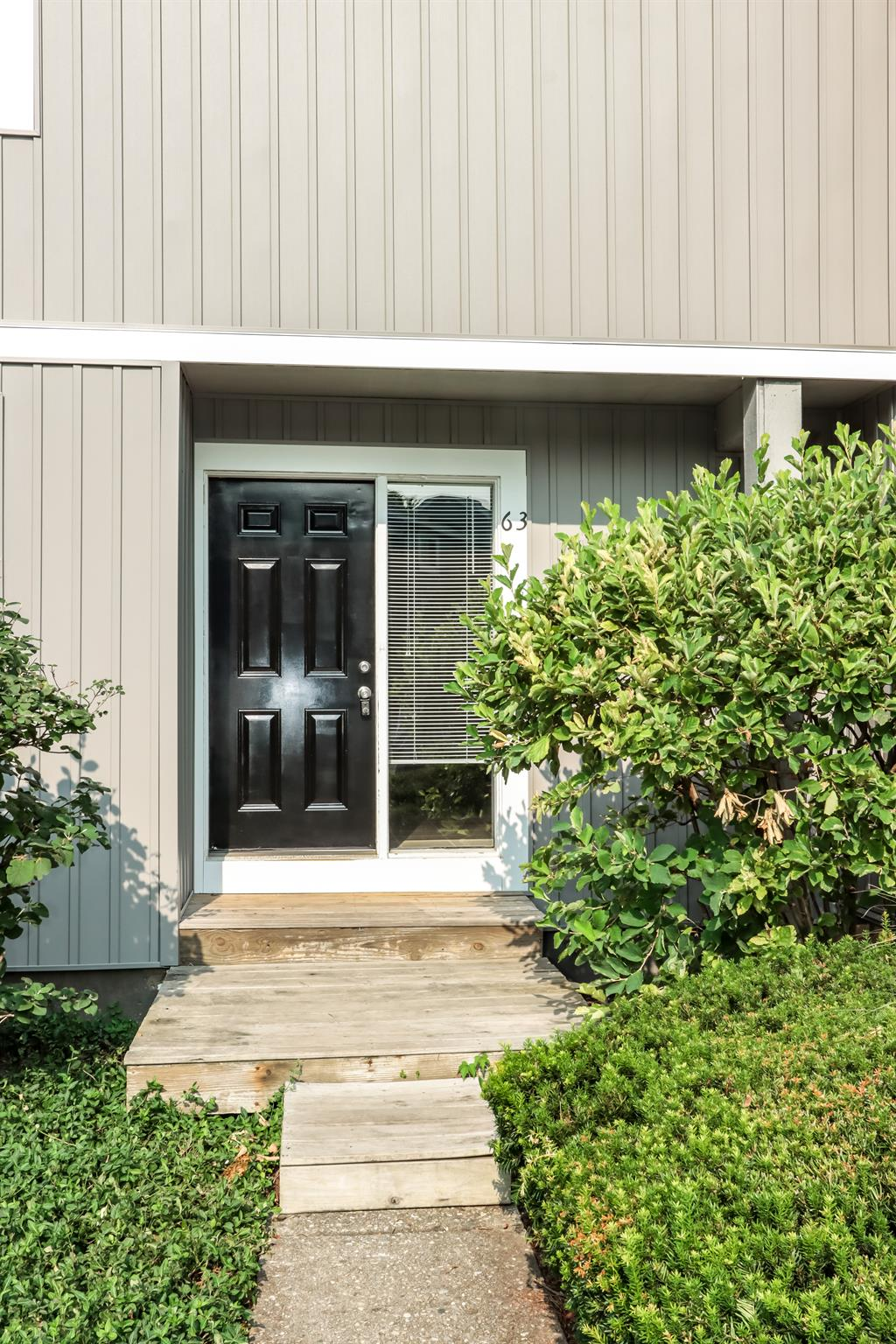 Entrance for 63 Twin Lakes Dr Fairfield, OH 45014