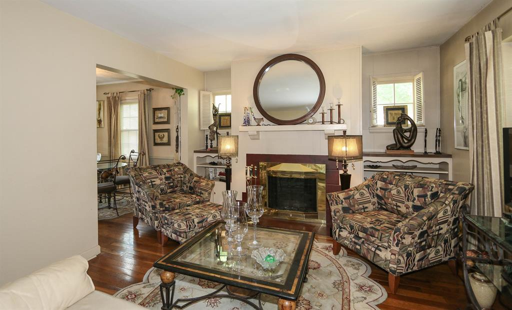Living Room for 1267 Seneca Dr Dayton, OH 45402